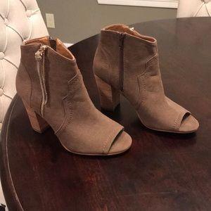 high heel boots, size 7